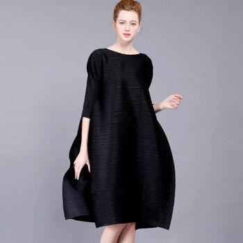High-end Fashion Black Women's Dresses Miyak Pleated 3/4 sleeves O-neck loose Large size dress elegant Party Dresses Plus Size